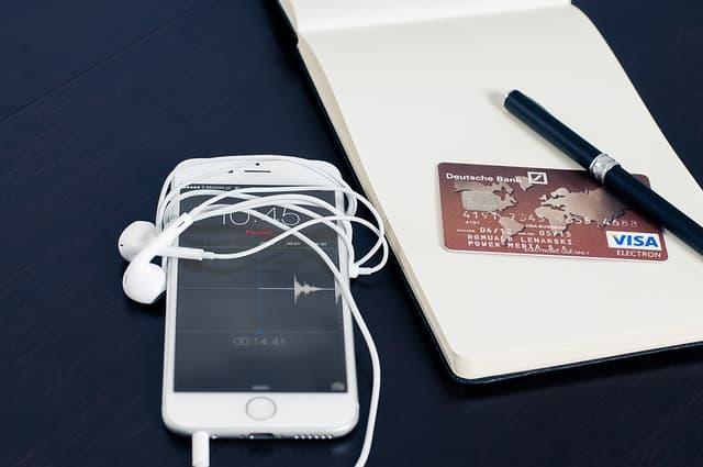 Twitter e l'E-Commerce: nuove alleanze con Shopify, Bigcommerce e Demandware